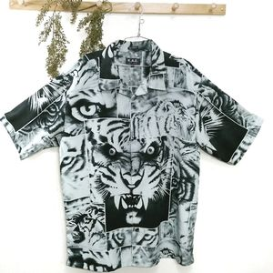 K.A.D. Vintage Graphic Tiger Shirt Size XL